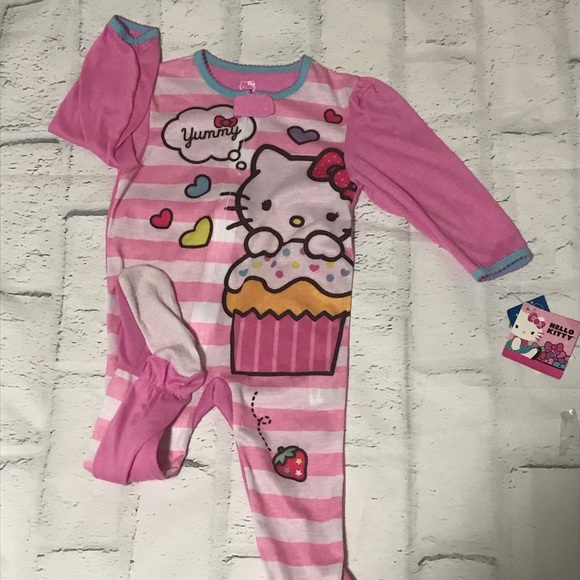 Hello Kitty PJs 24 month s NWT 9743753f6
